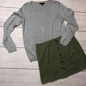 Banana Republic Gray Textured Sweater - Medium
